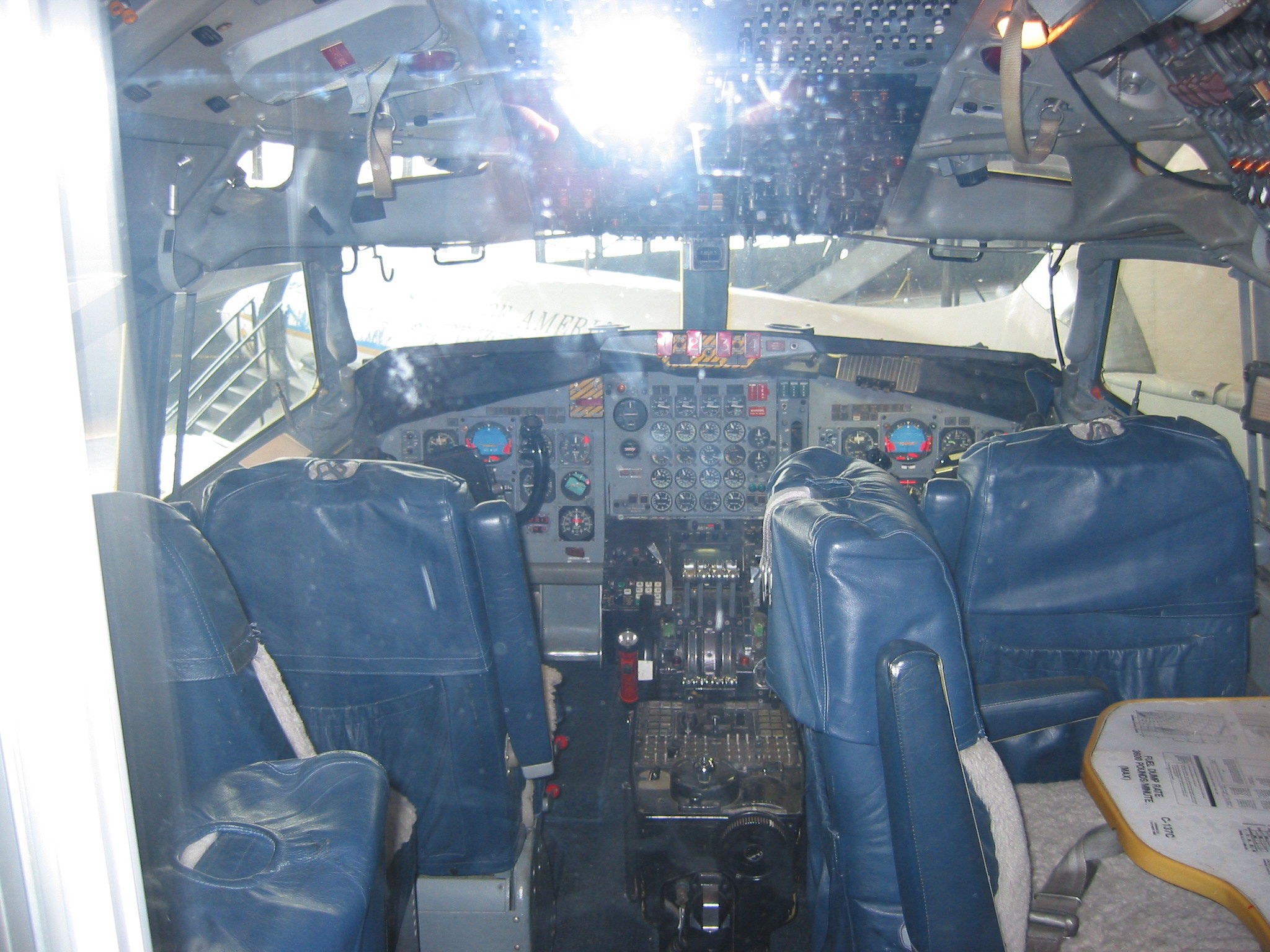 Cockpit of Air Force 1, 707